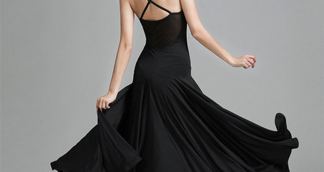 Black Out! The Perfect Little Black Dresses