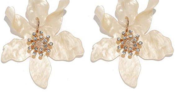Flower Earrings for Elegant Style